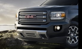 2015 GMC Canyon SLE All-Terrain Front End; Cyber Gray Metallic