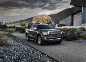 2015 GMC Canyon Crew Cab SLT in Cyber Gray Metallic with bike rack