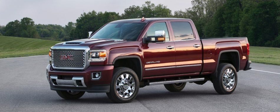 2017 GMC Sierra Denali 2500HD Bold Hood Design Hints at What Lies