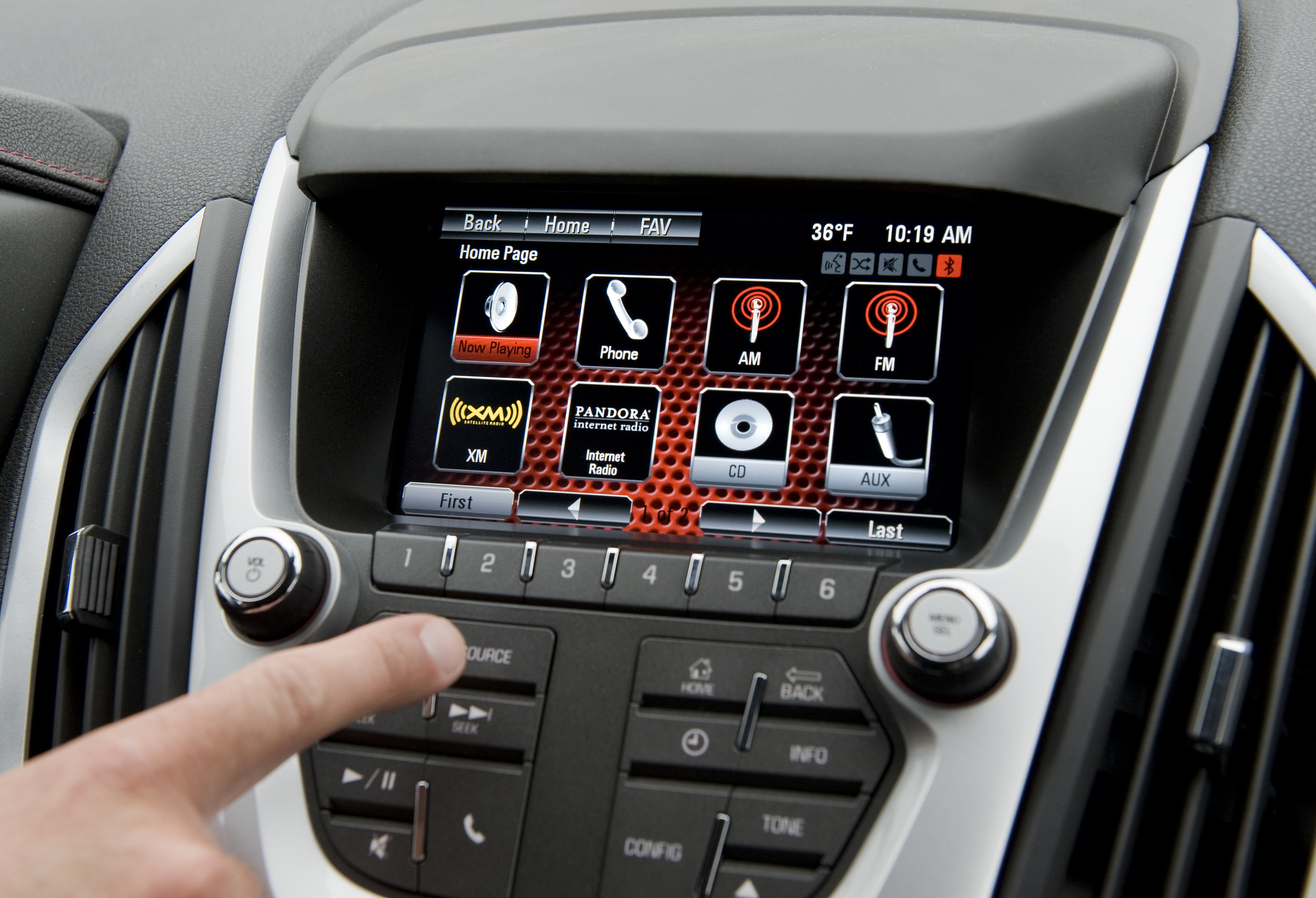 gmc intellilink helps drivers get connected rh media gmc com 2013 gmc terrain navigation system manual 2011 gmc terrain navigation system manual