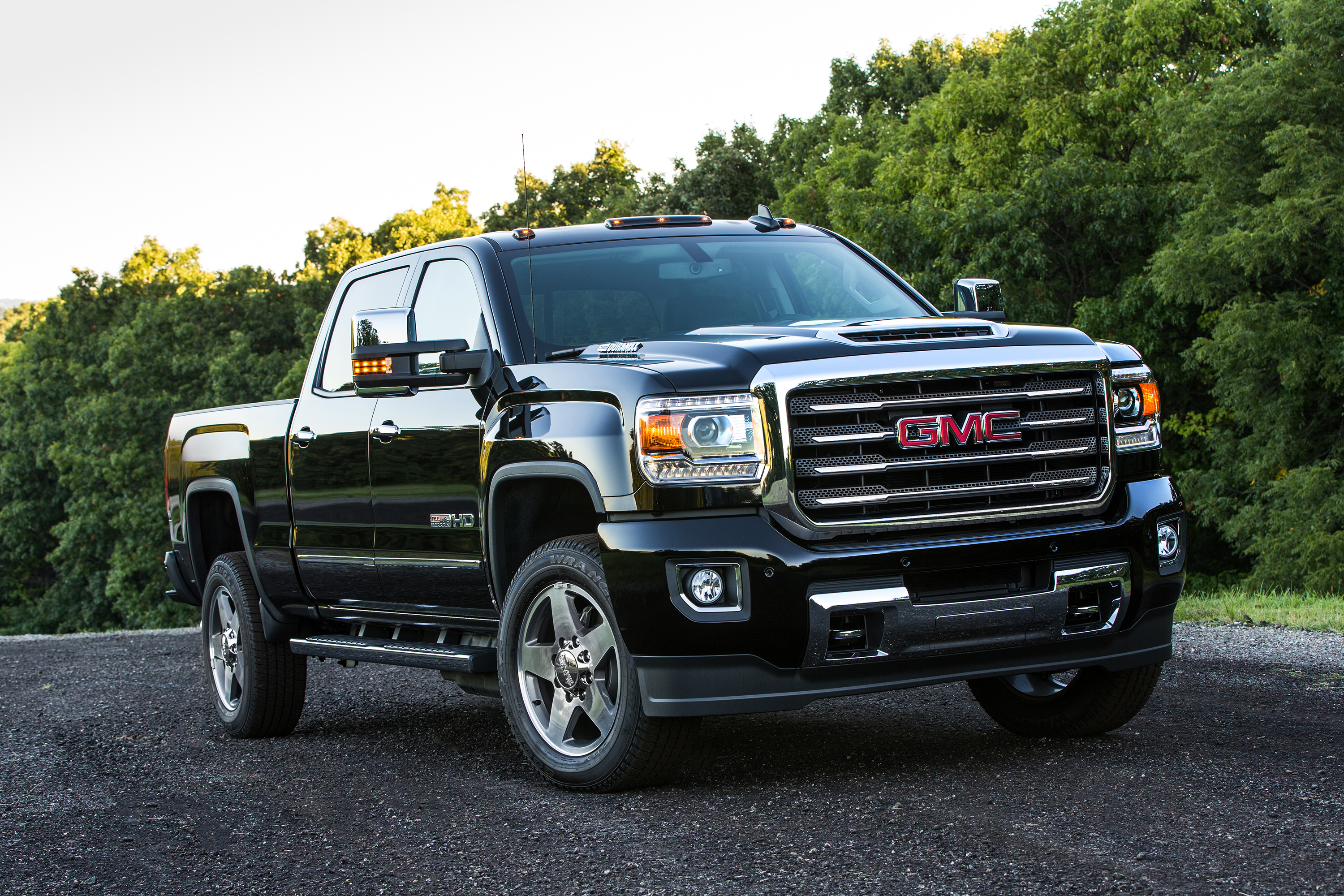 Gmc And Chevrolet Expand Alternative Fuel Fleet Offerings