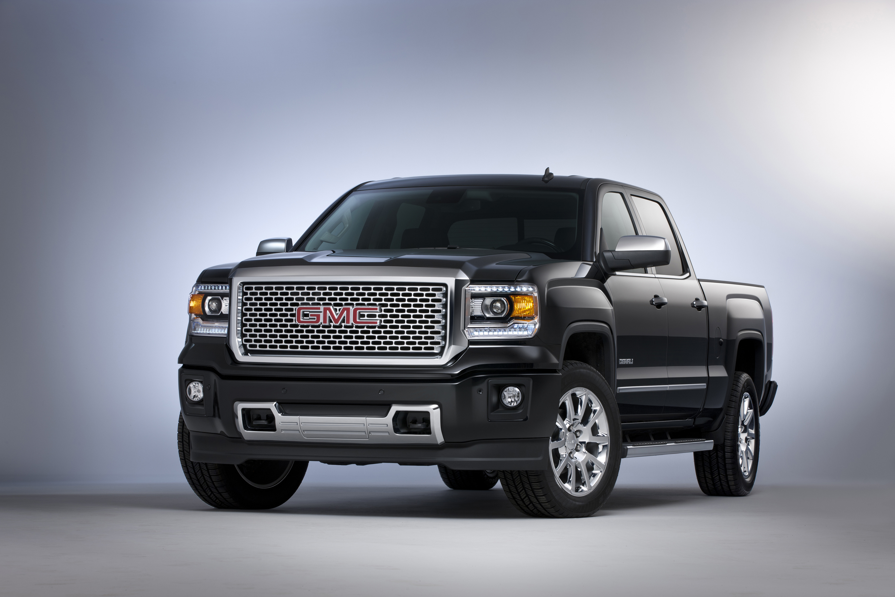 pairs sale nc studio threequarter and sierra for vehicles content en luxury in capability detail news high tech media us denali front trucks gmc may pages