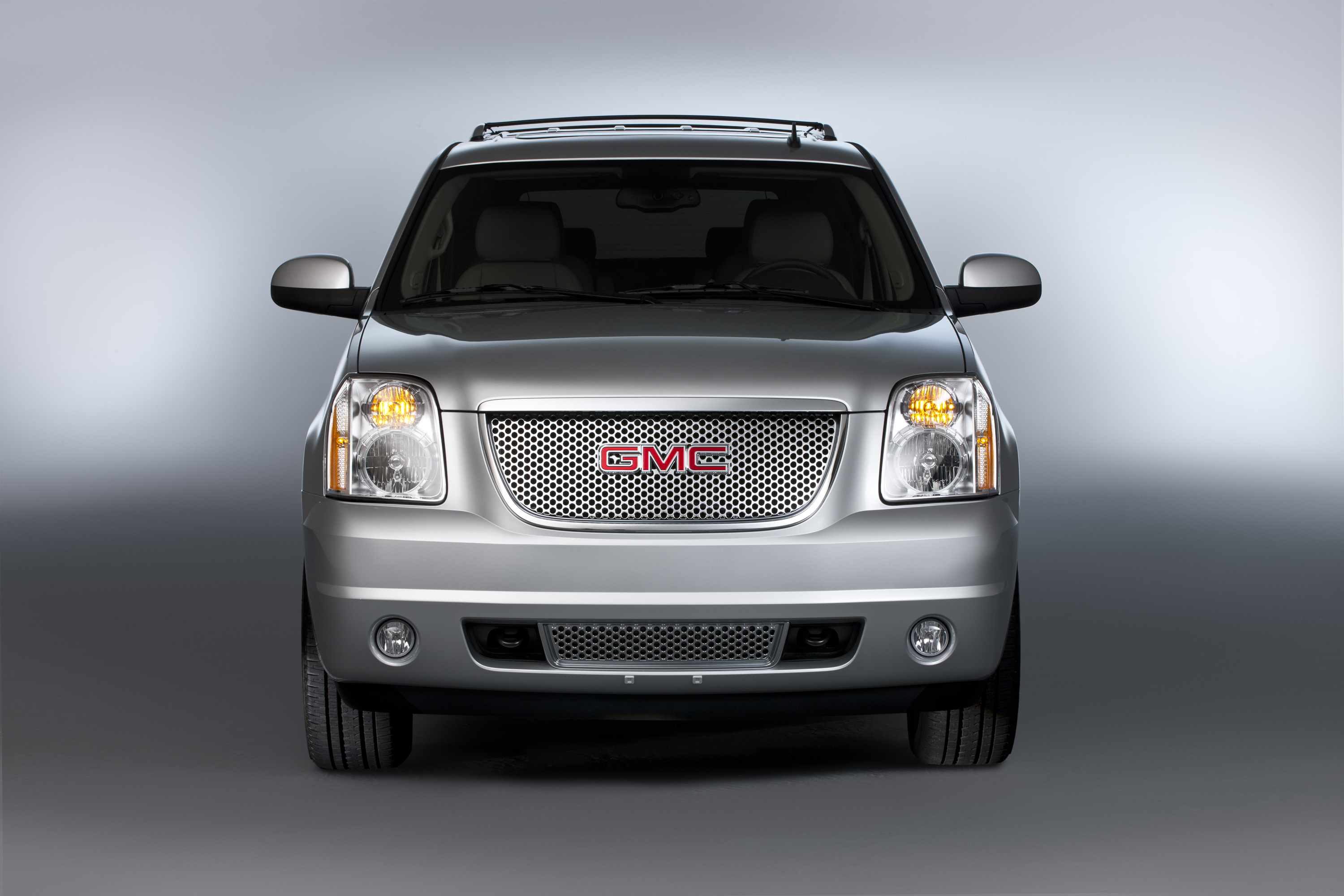 images corporate us introduces new yukon gm denali all the pages newsroom more jcr en photos rightpar news states galleryphotogrid gmc united media detail capable me content