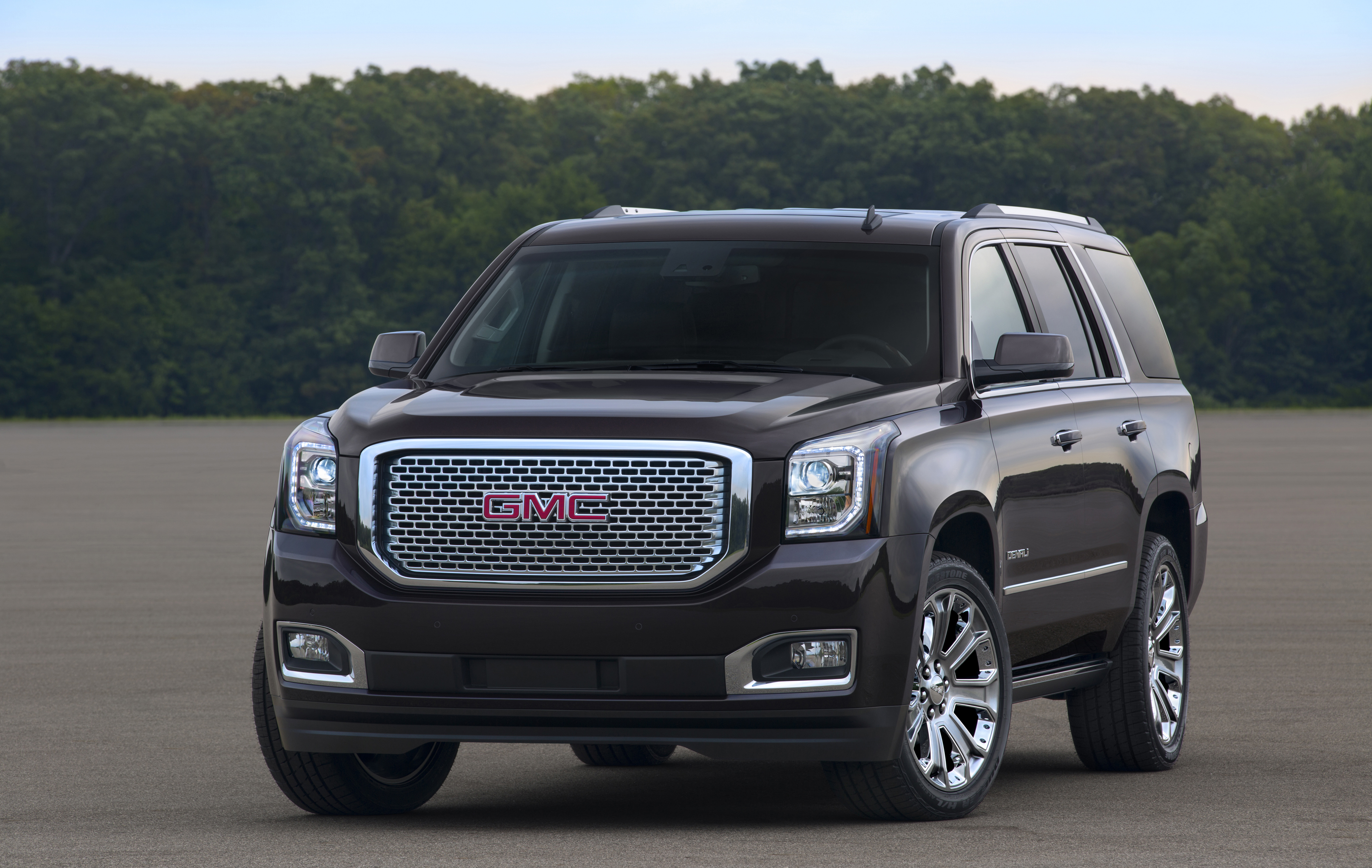 sep gmc all content detail us canyon comfortable interior connected terraininterior passengers black is jet midtruck en and in side pages news media